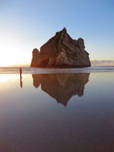 20-playas-mas-extranas-y-locas-del-mundo-1-563x750